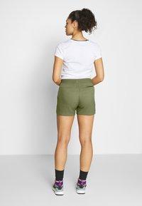 Jack Wolfskin - SENEGAL SHORTS - Sports shorts - delta green - 2
