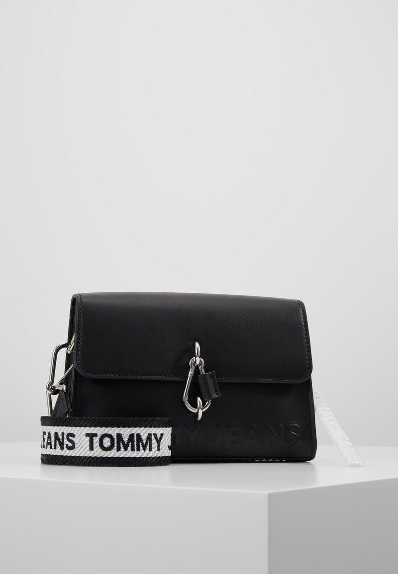 Tommy Jeans - BOLD CROSSOVER - Across body bag - black
