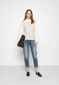 Herrlicher - PITCH CONIC  - Slim fit jeans - retro marvel - 1