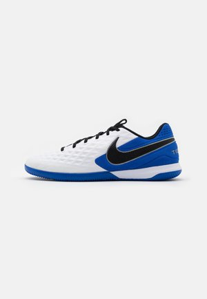 TIEMPO REACT LEGEND 8 PRO IC - Indoor football boots - white/black/hyper royal/metallic silver