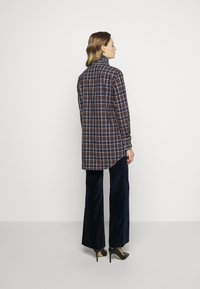 Victoria Beckham - RUFFLE - Button-down blouse - brown/navy - 2