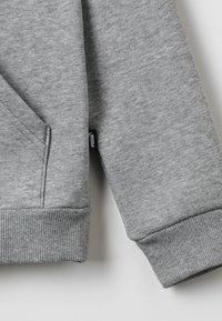 Puma - LOGO HOODY  - Mikina s kapucí - medium gray heather