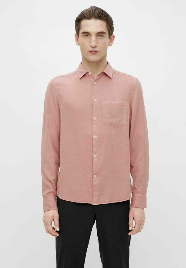 COMFORT SLIM - Camicia - rose coppar