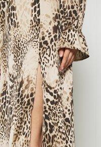 Missguided - PEN BACK MIDI DRESS  - Day dress - brown - 5