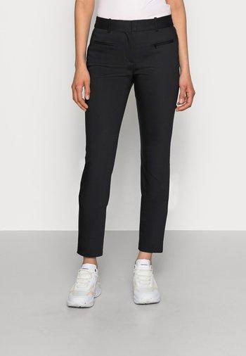 HERITAGE SLIM FIT PANTS - Trousers - masters black