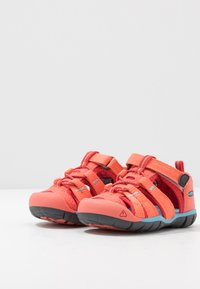 Keen - SEACAMP II CNX - Chodecké sandály - coral/poppy red - 3