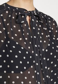 Polo Ralph Lauren - LONG SLEEVE SHIRT - Bluser - navy/white polka - 5