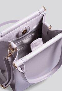 NA-KD - Across body bag - lilac - 3
