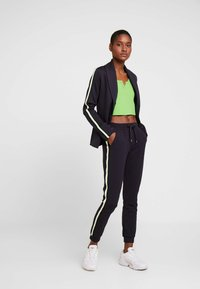Rich & Royal - Tracksuit bottoms - dark blue - 2