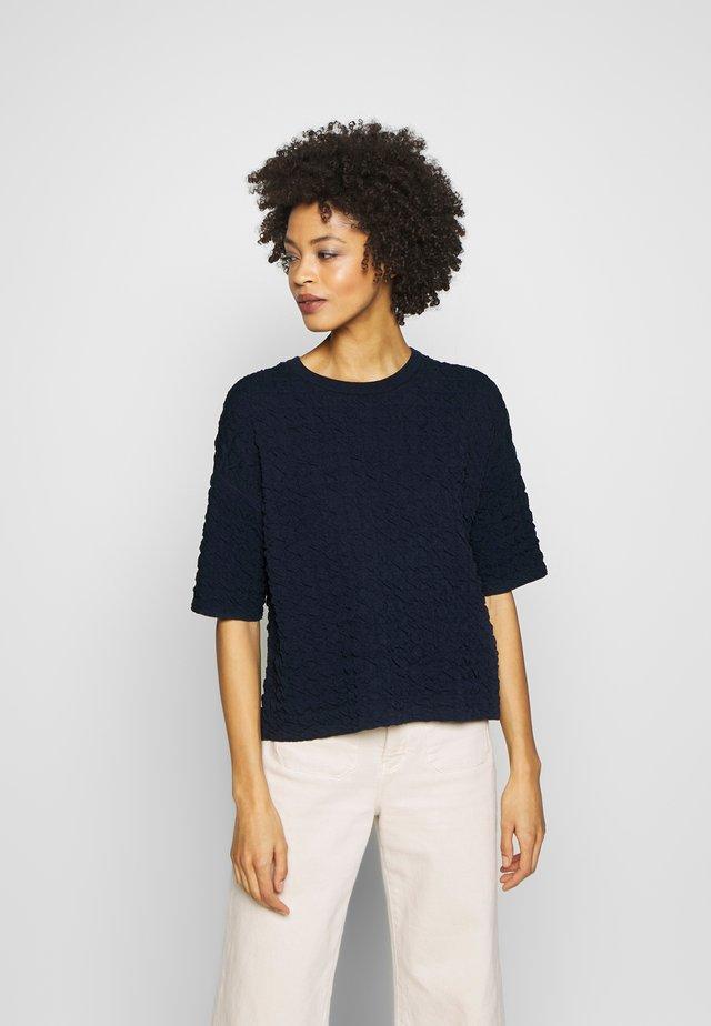 TENLEY - Stickad tröja - smart blue