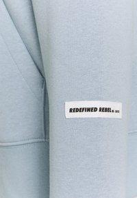 Redefined Rebel - MELVIN UNISEX - Sweatshirt - dusty blue - 2