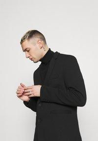 Only & Sons - ONSMATTI KING CASUAL - Blazer jacket - black - 3