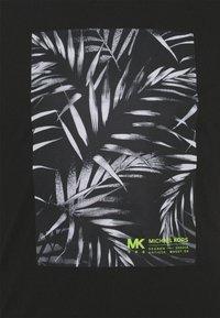 Michael Kors - PALM BLOCK TEE - Triko spotiskem - black - 5