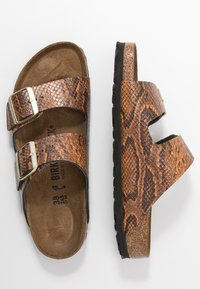 Birkenstock - ARIZONA - Pantofle - brown - 3
