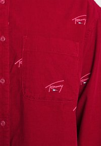 Tommy Jeans - CRITTER  - Button-down blouse - wine red - 6