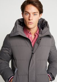Tommy Hilfiger - STRETCH HOODED - Winter jacket - grey - 3