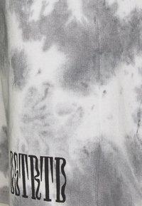 YOURTURN - SET - Teplákové kalhoty - white - 5