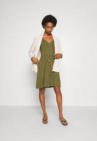Anna Field - BASIC JERSEYKLEID - Jersey dress - olive night - 1