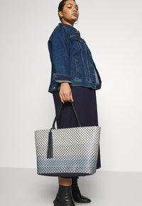 Ted Baker - BRIEELA - Shopping bag - navy - 1