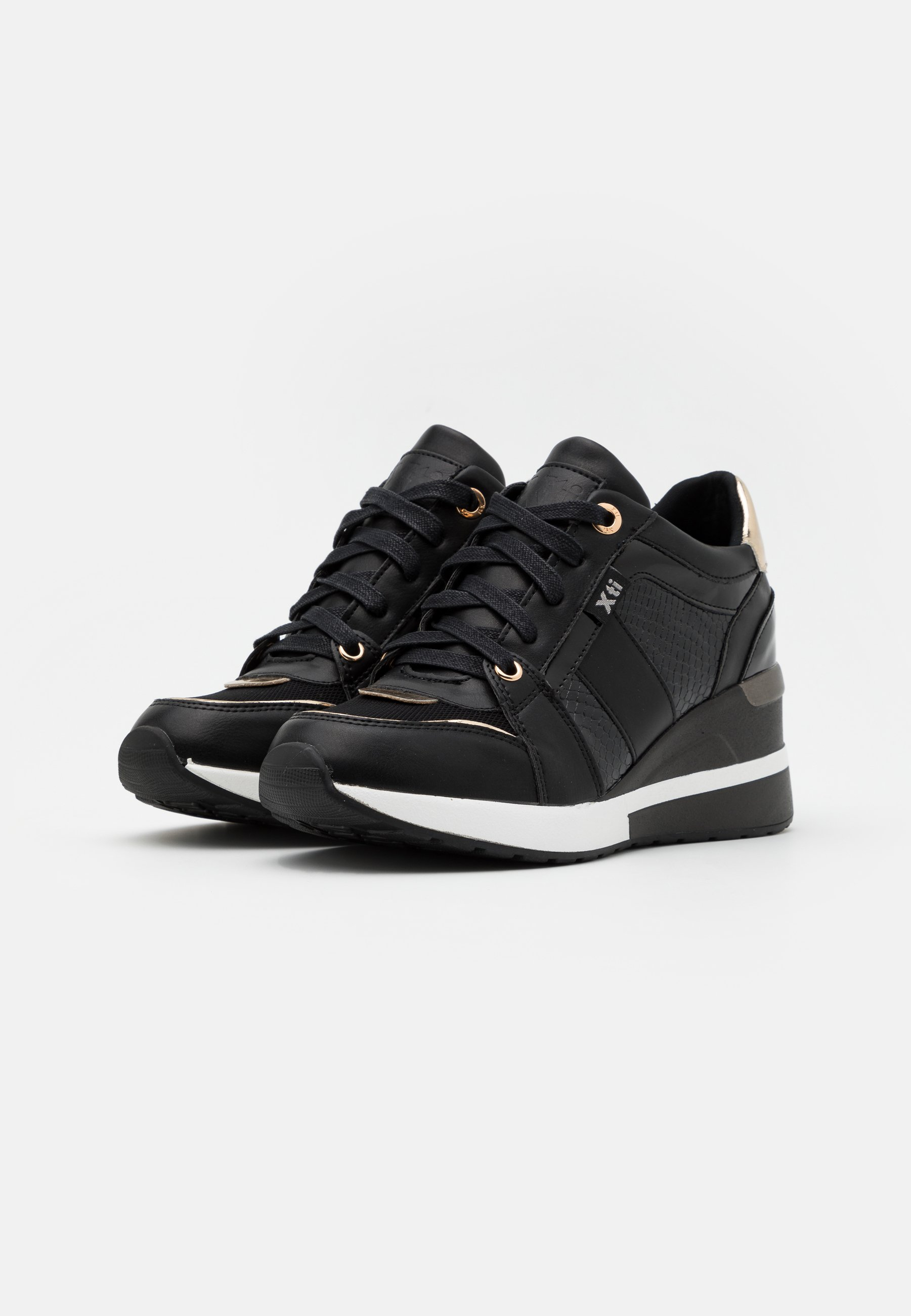 XTI Sneaker low black/schwarz