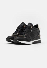 XTI - Trainers - black - 2