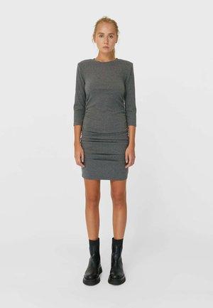 KURZES KLEID MIT RAFFUNG - Robe en jersey - dark grey
