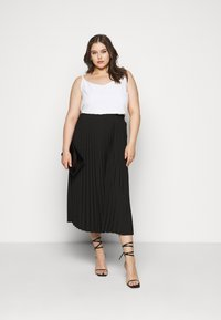 Selected Femme Curve - SLFLEXIS MIDI SKIRT - A-line skirt - black - 1