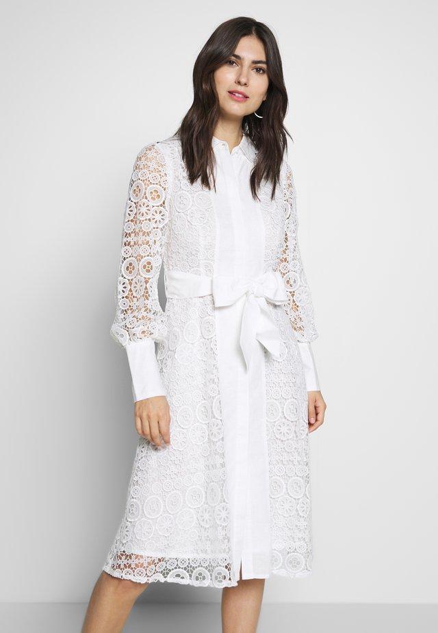 ABREUVOIR - Sukienka letnia - white