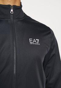 EA7 Emporio Armani - SET - Tracksuit - dark blue - 9