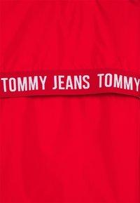 Tommy Jeans - YOKE TAPE  - Veste coupe-vent - deep crimson - 6