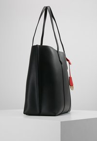 Tory Burch - PERRY TRIPLE COMPARTMENT TOTE - Velká kabelka - black - 3