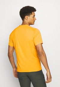 Arc'teryx - MOTUS CREW MENS - Print T-shirt - ignite - 2