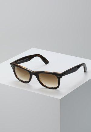 0RB2140 ORIGINAL WAYFARER - Okulary przeciwsłoneczne - top brown on yellow havana