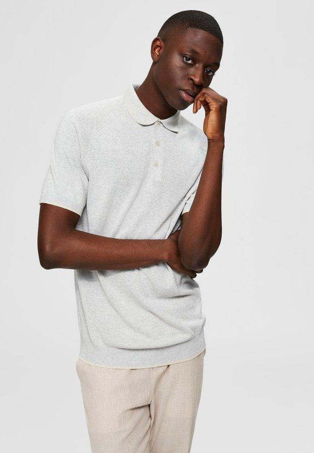 Polo shirt - silver cloud