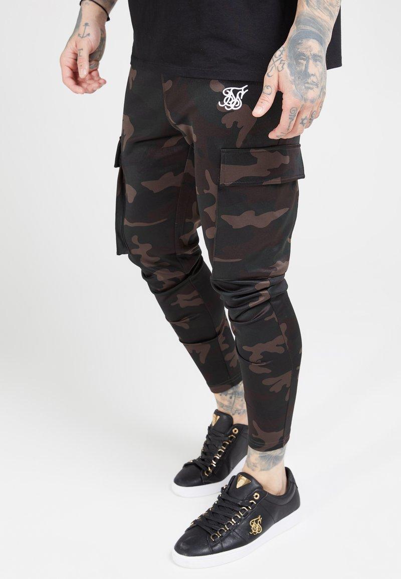 SIKSILK - ATHLETE PANTS - Teplákové kalhoty - dark