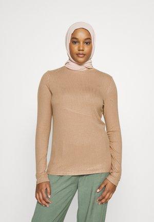 MODESTY FUNNEL NECK  - Long sleeved top - camel
