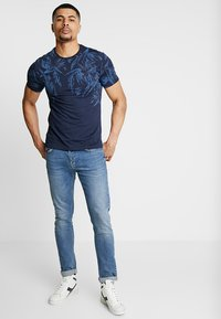 Pier One - T-shirts print - blue - 1