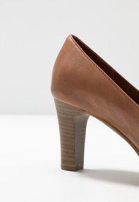 Tamaris - Platform heels - muscat - 6
