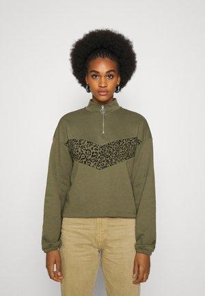 NMHALLY COLOR BLOCK - Sweatshirt - kalamata