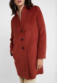 comma - Classic coat - mahagony - 3