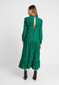 Topshop - YOKE CHUCKON MIDI   - Day dress - green - 3