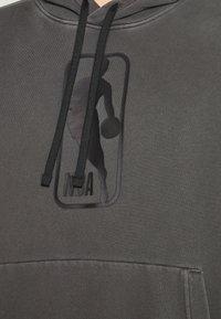 Nike Performance - NBA TEAM WASH PACK HOODIE - Sweatshirt - black - 3