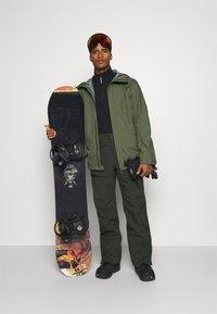 Houdini - JACKET - Snowboard jacket - utopian green - 1
