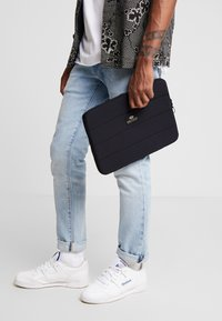 Bag N Noun - CASE MAT - Laptop bag - black - 1