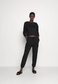 Anna Field - Basic lounge set - Pyjama set - black - 0