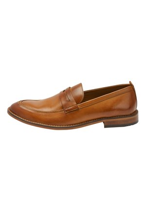 TAN CONTRAST LOAFERS - Półbuty wsuwane - brown