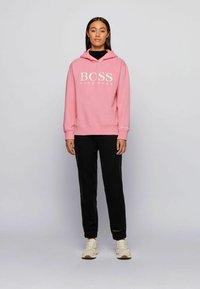 BOSS - C_EDELIGHT_ACTIVE - Kapuzenpullover - light pink - 1