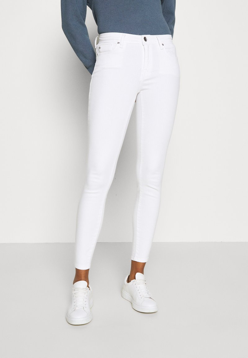 ONLY - ONLSHAPE LIFE STAY - Jeans Skinny Fit - white