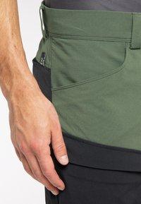 Haglöfs - Outdoor trousers - fjell green/true black - 5
