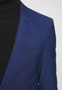 HUGO - ARTI HESTEN - Completo - open blue - 7